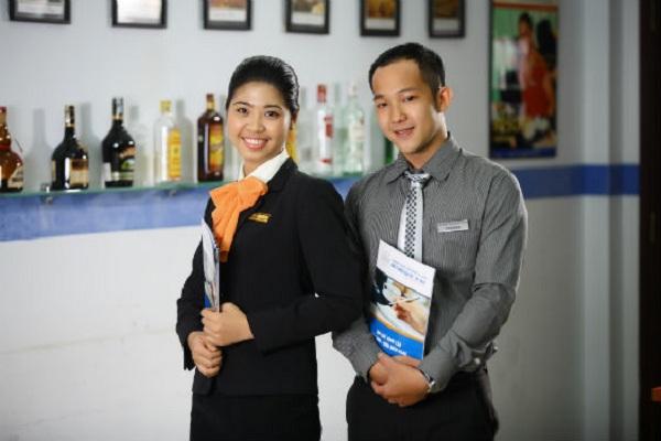 Ngành Quản lý nhà hàng khách sạn: thi khối nào và điểm chuẩn ra sao