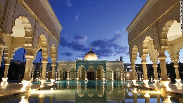 10 khách sạn mới nổi đẹp nhất thế giới