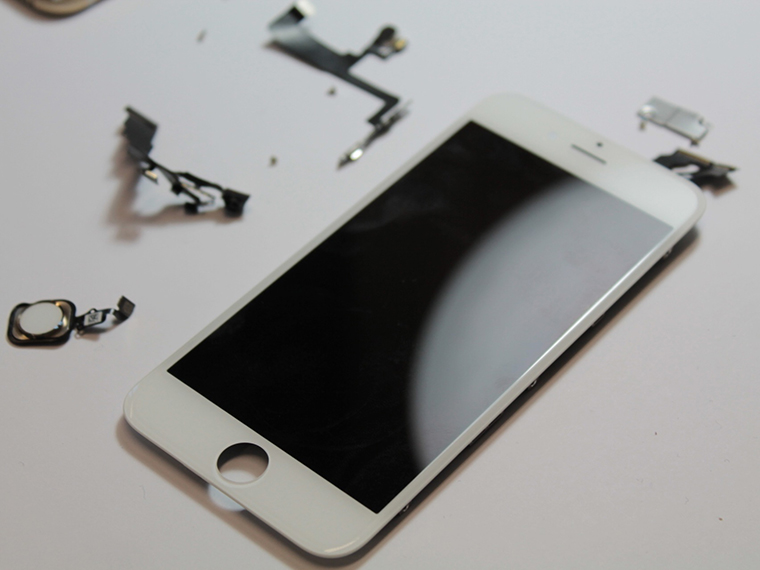 Những mẹo nhận biết màn hình zin trên iPhone cũ hình 2