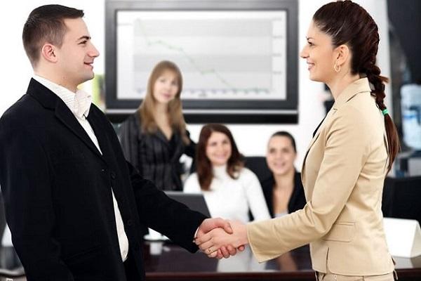 giao tiếp tốt giúp bạn dễ thành công