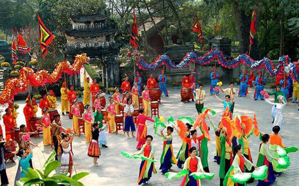 Có đến 15 nghìn ngôi chùa, tổ chức 8 nghìn lễ hội mỗi năm, vì sao