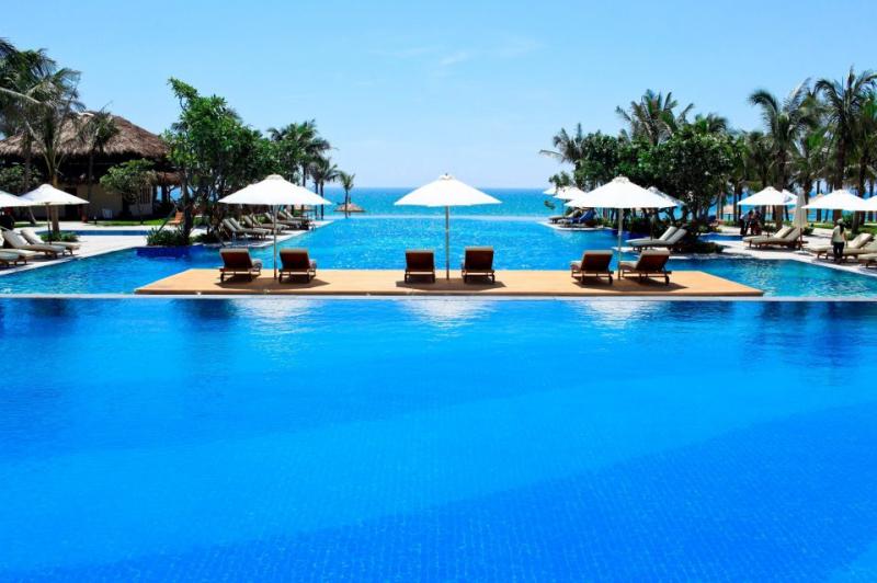 Vinpearl như một nét chấm phá tuyệt vời mang lại vẻ đẹp sang trọng, lộng lẫy cho bức tranh hoàn mỹ của vịnh biển Nha Trang