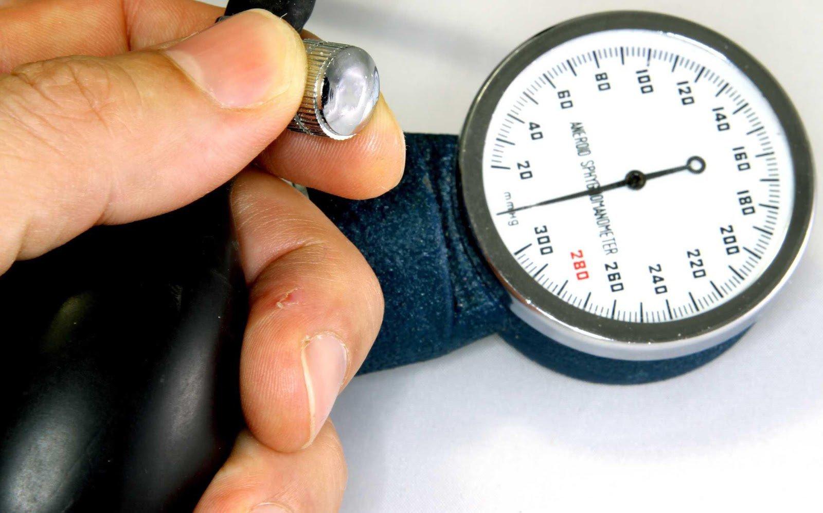 Huyết áp cao khithông sốvượt mức bình thường
